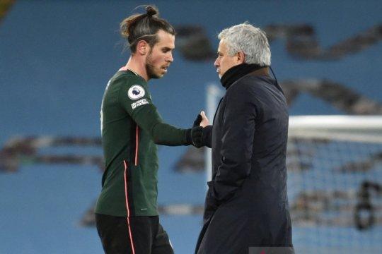 Jose Mourinho akui buat keputusan salah dengan Bale dan Alli