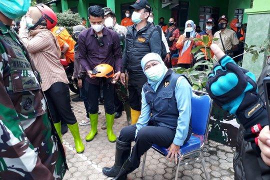 Gubernur Jatim tinjau lokasi bencana longsor di Nganjuk