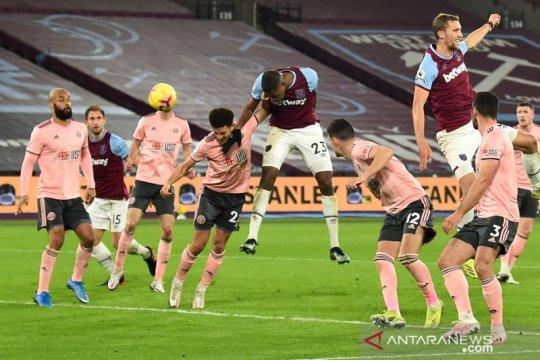 West Ham merangsek ke posisi keempat klasemen usai hantam Sheffield