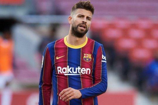 Bek Barcelona Gerard Pique terancam absen tiga pekan karena cedera