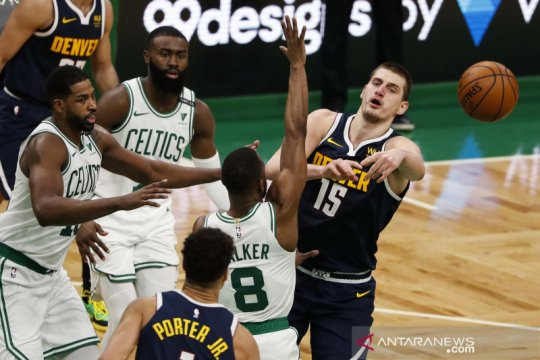NBA : Celtics tundukkan Nuggets 112-99