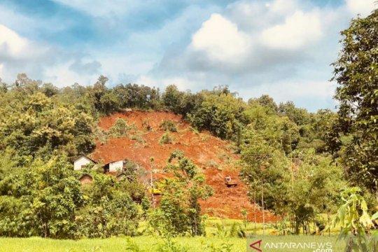 SAR evakuasi satu korban longsor Nganjuk hari keempat pencarian
