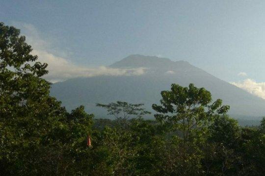 """BPBD Karangasem jaga ketat jalur """"tikus"""" bagi pendaki ke Gunung Agung"""