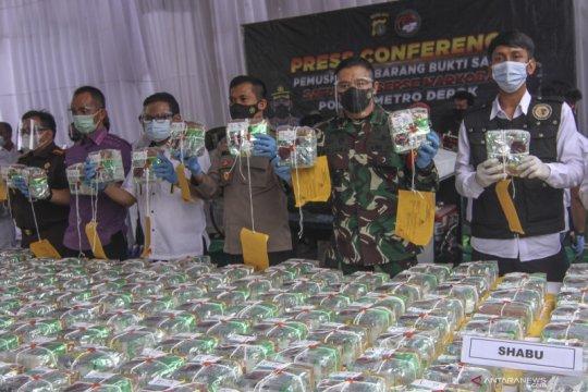Polres Metro Depok musnahkan 302 kilogram sabu