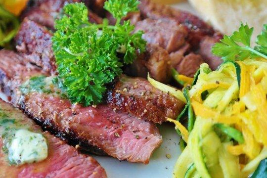 Rekomendasi asupan daging untuk pasien kanker prostat