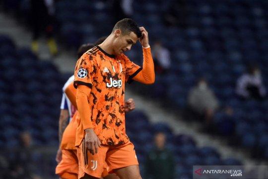 Juventus dipecundangi Porto 1-2 pada leg pertama babak 16 besar
