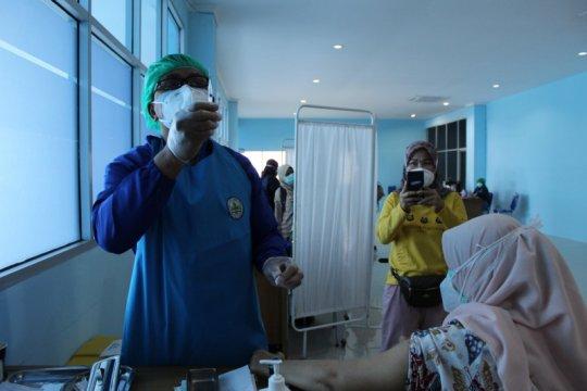 Progres vaksinasi COVID-19 bagi nakes Lampung capai 74,16 persen