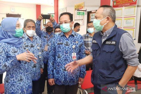 1.200 vaksinator disiapkan bagi vaksinasi tahap II di Kabupaten Bekasi