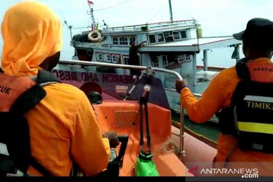 Pencarian penumpang KM Uty Star belum membuahkan hasil