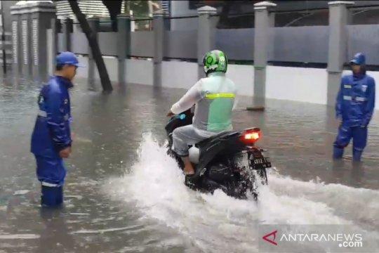 BMKG prakirakan hujan ringan dan lebat guyur Jakarta