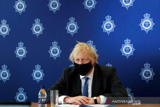 Inggris akan izinkan pertemuan keluarga selama Paskah