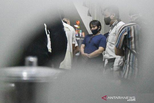 KPK geledah kantor di Bekasi terkait kasus bansos COVID-19