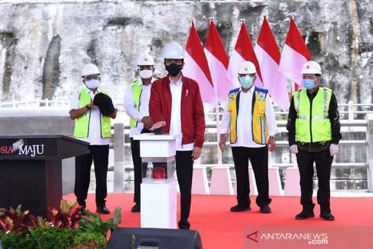 Presiden Jokowi resmikan Bendungan Tapin di Kalimantan Selatan