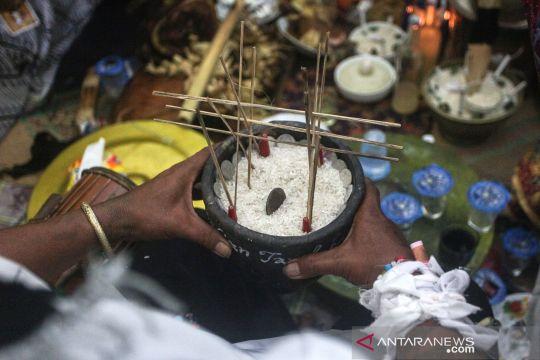 Menengok ritual adat masyarakat adat Dayak Ngaju