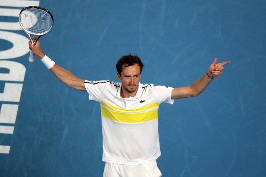Medvedev susul Djokovic ke partai puncak Australian Open