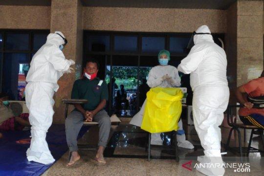 Dinkes DKI sebut ada keterlenaan terhadap tes rapid antigen