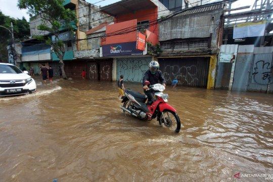 Ruko di Jalan Jatinegara Barat Jakarta Timur juga kebanjiran