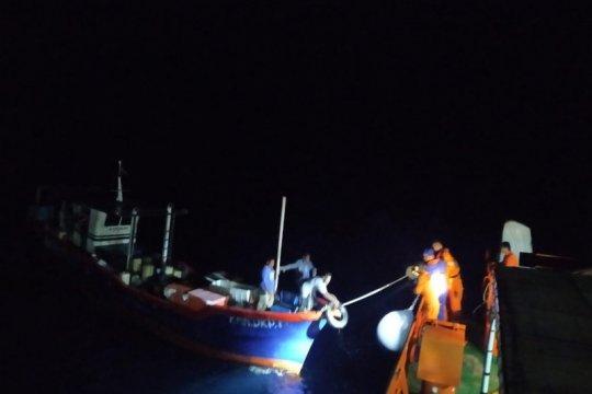 Basarnas selamatkan kapal nelayan di perairan Halsel