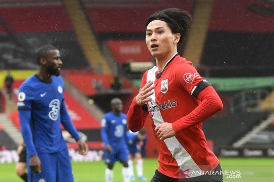 Liga Inggris: Babak pertama Southampton unggul atas Chelsea 1-0.