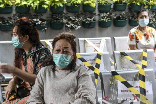 Ini harapan lansia Jakarta Utara usai divaksin COVID-19