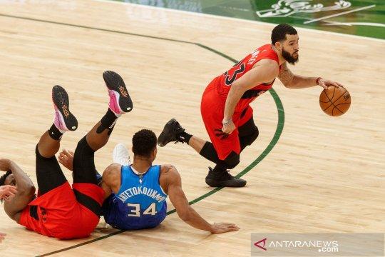 Pertandingan Bulls vs Raptors dibatalkan karena peringatan COVID-19