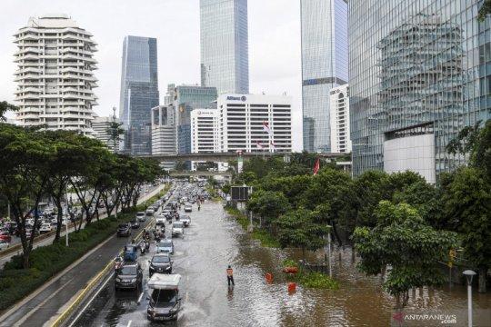 BMKG peringatkan potensi hujan lebat Jabodetabek Minggu dini hari