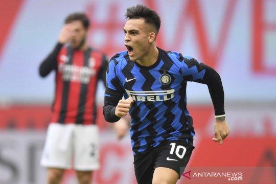 Inter pecundangi Milan 3-0 untuk perlebar jarak di puncak klasemen