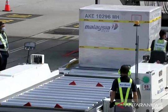 Muhyiddin: Malaysia laksanakan imunisasi tiga fase