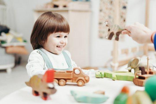 Tidak kemana-mana bukan halangan latih anak bersosialisasi