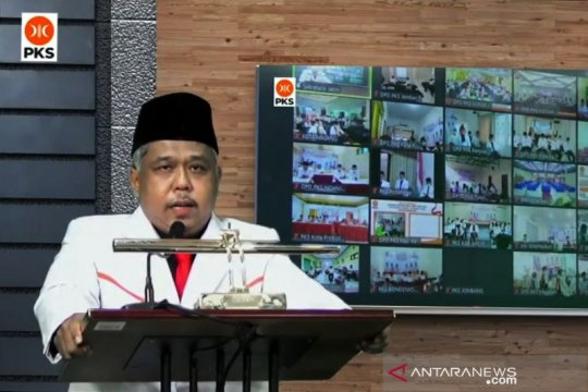 """PKS Jatim: Manfaatkan peran """"emak-emak"""" capai target Pemilu 2024"""