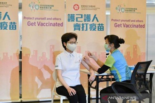 Pemimpin Hong Kong serukan warganya datangi pusat vaksinasi COVID-19