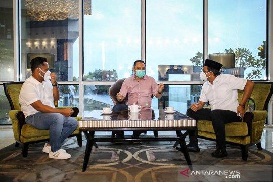 Tiga kepala daerah terpilih bahas integrasi program Surabaya Raya