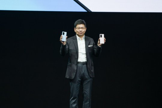 Huawei perkenalkan ponsel lipat generasi baru Mate X2