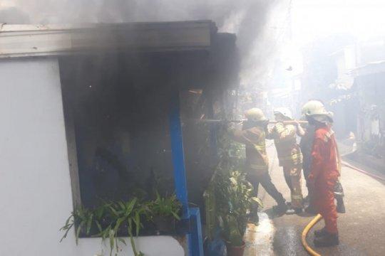 Arus pendek picu kebakaran di Kebayoran Lama