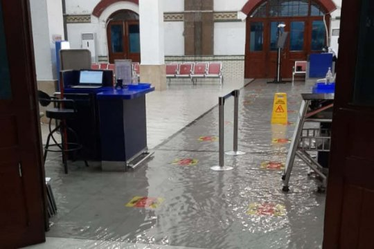 Stasiun Tawang Semarang kembali kebanjiran