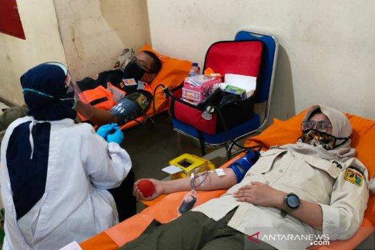 Ratusan pegawai Pemkot Jakpus donorkan darah