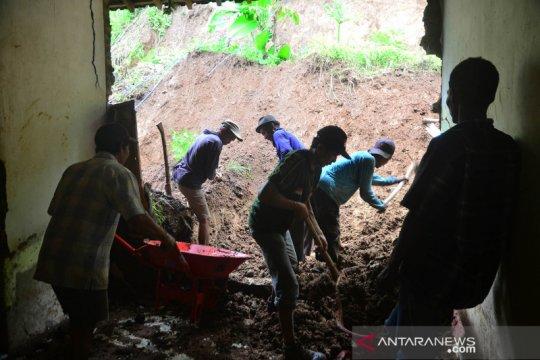 Bencana tanah longsor di Kudus