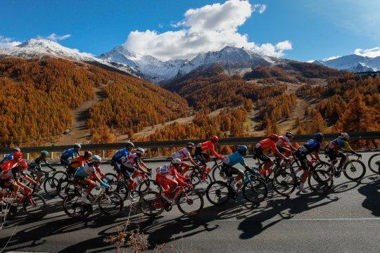 Pebalap sepeda Italia Spreafico diskors tiga tahun karena doping
