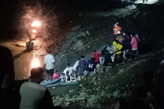 Puluhan penambang emas ilegal di Parigi Moutong tertimbun longsoran