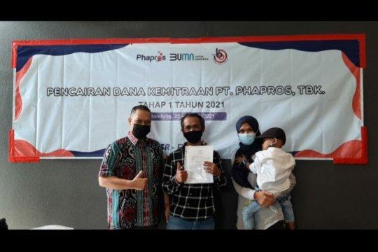 Anak usaha Kimia Farma salurkan dana kemitraan dukung UKM mandiri