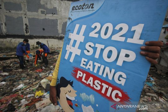 Perlunya memangkas sampah plastik belanja online