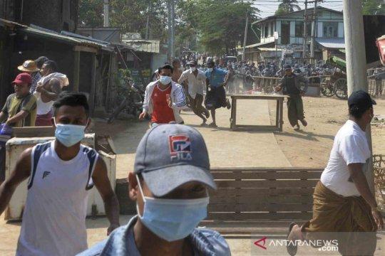 Unjuk rasa anti kudeta militer di Myanmar terus bergulir