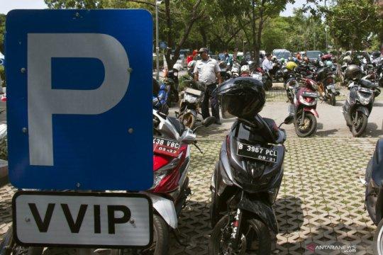 CariParkir rilis layanan MotoPass, bayar tanpa antrean