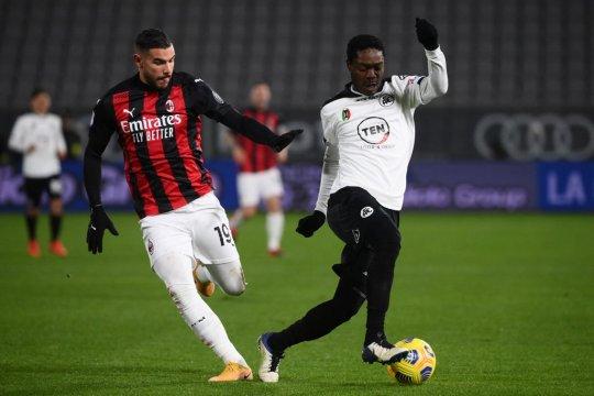 Gyasi paksa Parma perpanjang catatan tanpa kemenangan