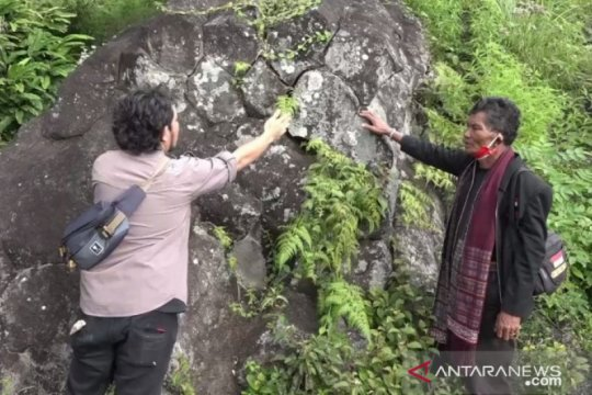 Batu Basiha, keunikan alam akibat letusan Gunung Toba