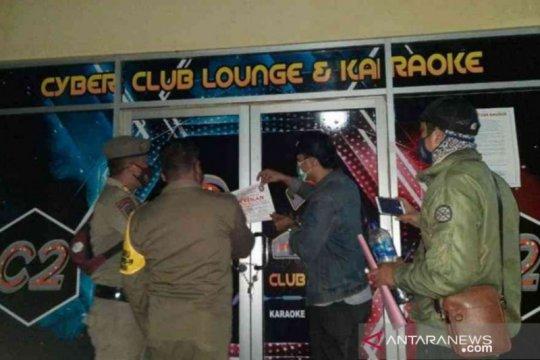 18 tempat usaha langgar PPKM Bekasi disegel
