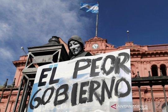 Dengan lebih dari 80.000 kematian, Argentina berjuang atasi COVID-19