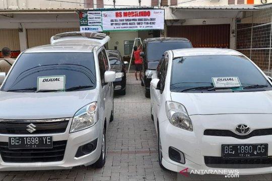 Pedagang mobkas kurangi belanja mobil bermesin 1.500 ke bawah