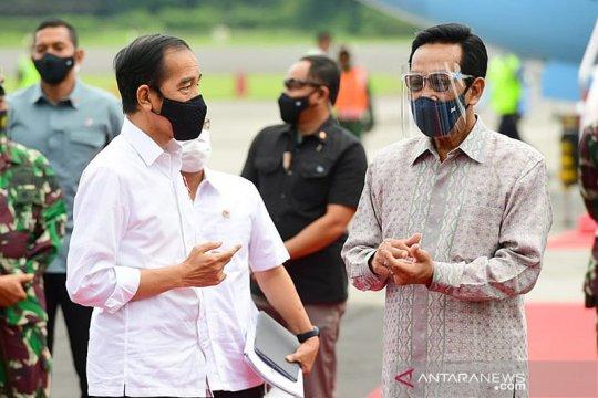 Presiden Jokowi ke Yogyakarta tinjau vaksinasi dan resmikan KRL