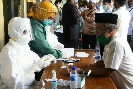 90 persen tingkat kesembuhan, tidak ada zona merah di Riau